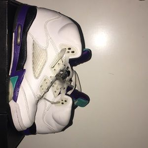 Retro grape 5